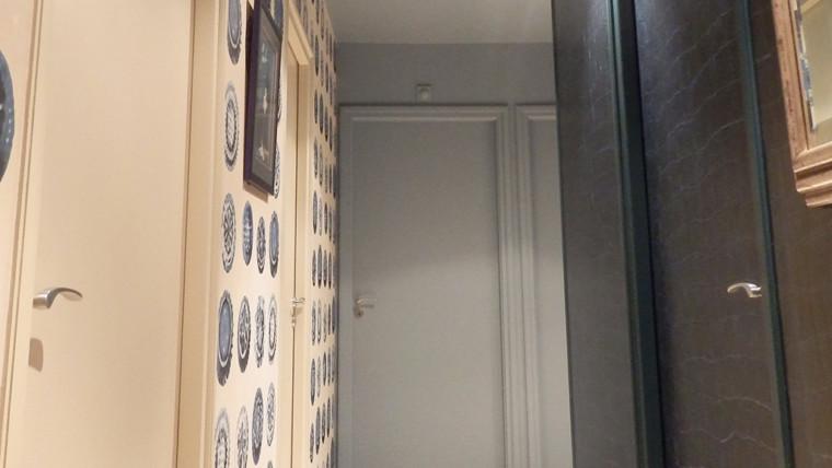Couloir murs différents