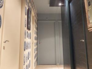 Couloir murs différents - Bleu Patine