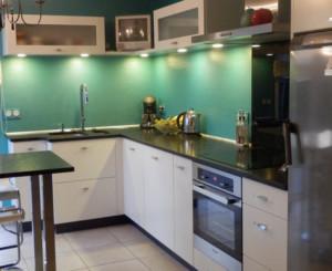 Aménagement cuisine verte - Bleu Patine